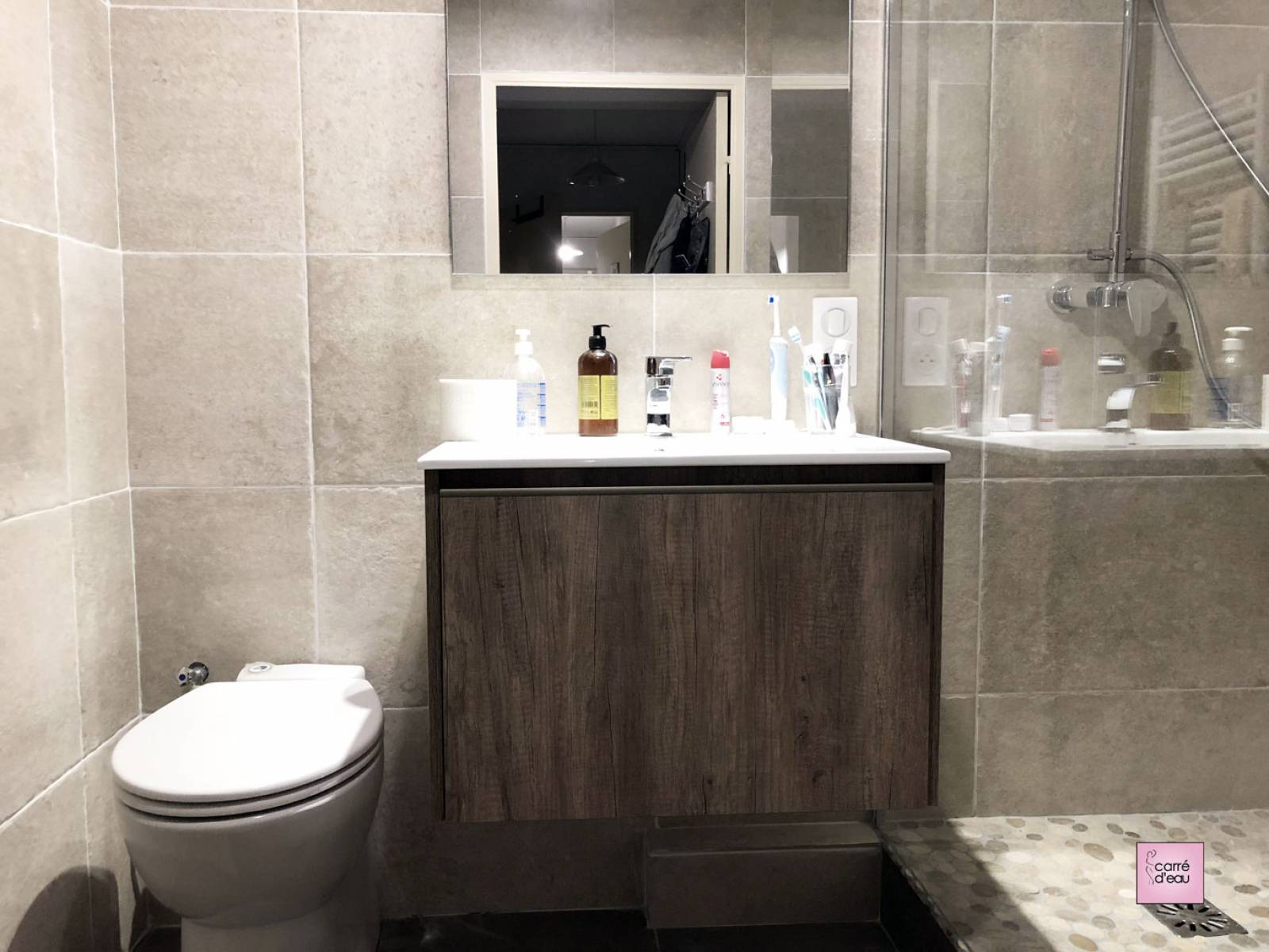 Salle de bain de 4m2 complète et confortable à Montpellier - Carré d\'eau
