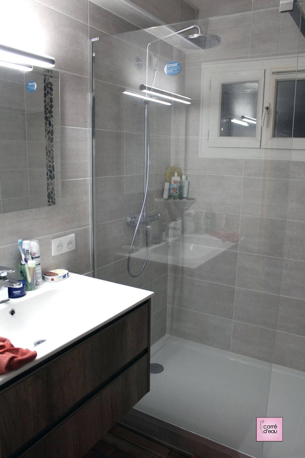 Petite salle de douche à Montpellier - Carré d\'eau
